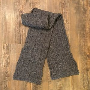 Cozy thick cable knit scarf